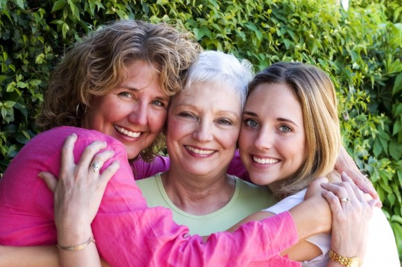 shutterstock_1524136  three women